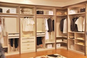 营销衣柜定制加盟的因素